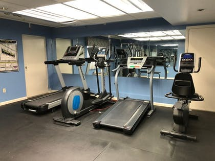 Fitness Facility | Cayman Suites Hotel