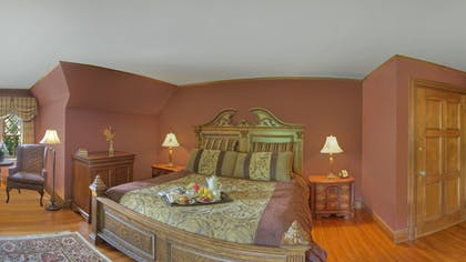 Guestroom | Castle Hill Resort And Spa