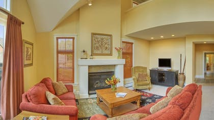 Living Room | Castle Hill Resort And Spa