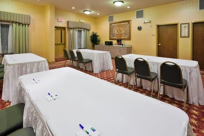 Meeting Facility | Holiday Inn Express Hotel & Suites Pell City