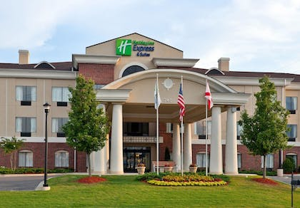 Featured Image | Holiday Inn Express Hotel & Suites Pell City