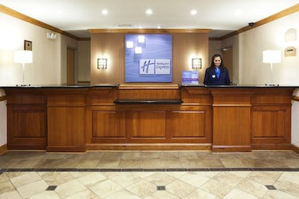 Reception | Holiday Inn Express Forest City