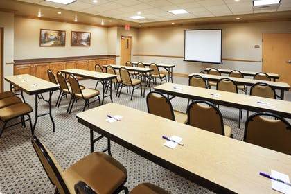 Meeting Facility | Holiday Inn Express Forest City