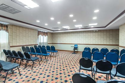 Meeting Facility | Days Inn & Suites by Wyndham Fort Pierce I-95