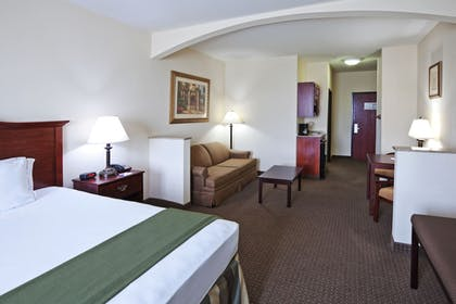 Guestroom | Holiday Inn Express & Suites Woodward