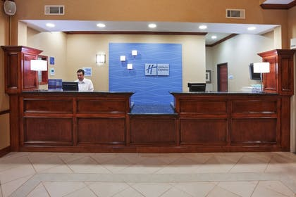 Lobby | Holiday Inn Express & Suites Woodward