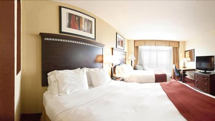 Guestroom | Holiday Inn Express Hotel & Suites Clewiston