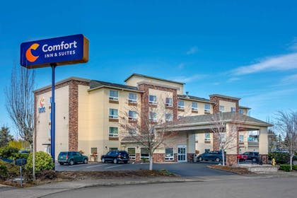 Featured Image | Comfort Inn and Suites Salem