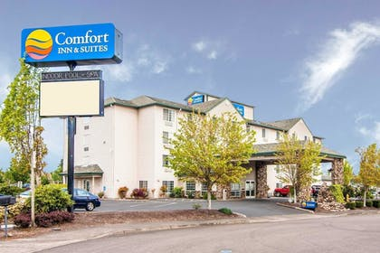 Exterior | Comfort Inn and Suites Salem