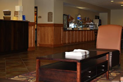 Interior | Holiday Inn Express & Suites South - Lincoln