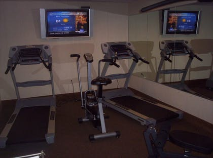 Fitness Facility | Holiday Inn Express & Suites South - Lincoln
