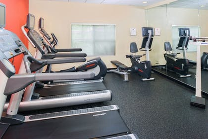 Sports Facility | TownePlace Suites by Marriott Thousand Oaks