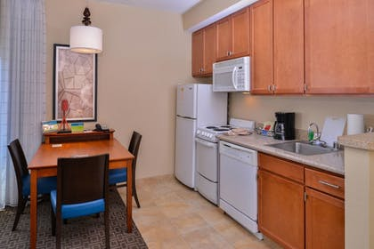 In-Room Kitchen | TownePlace Suites by Marriott Thousand Oaks