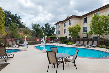 Pool | TownePlace Suites by Marriott Thousand Oaks