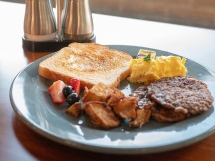 Breakfast Meal | The Marshall Suites