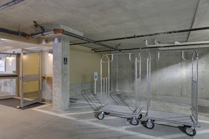 Parking | The Marshall Suites