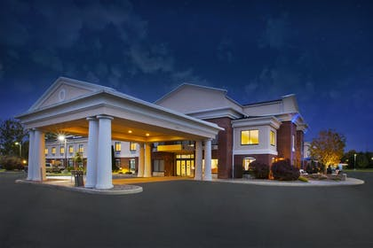 Featured Image | Holiday Inn Express Hotel & Suites Rochester - Victor