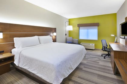 Guestroom View | Holiday Inn Express Hotel & Suites Rochester - Victor