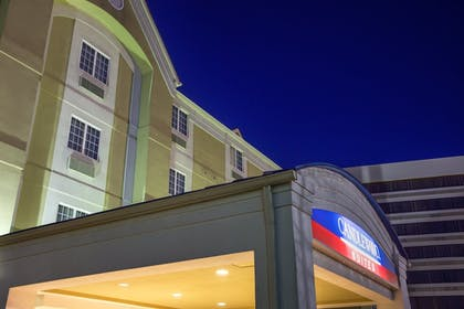 Exterior | Candlewood Suites Virginia Beach/Norfolk