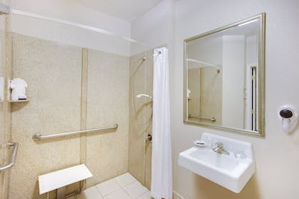 Bathroom | Candlewood Suites Virginia Beach/Norfolk