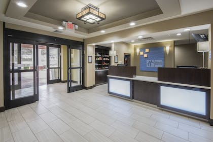 Hotel Interior | Holiday Inn Express & Suites Ashland
