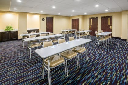 Meeting Facility | Holiday Inn Express & Suites Ashland