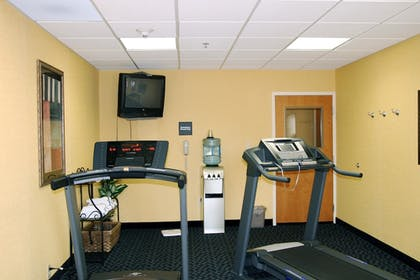 Fitness Facility | Hampton Inn Suites Louisville East