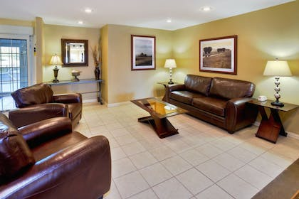 Lobby | Candlewood Suites Killeen - Fort Hood Area