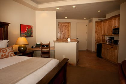 In-Room Kitchenette   The Inn At Entrada