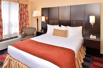 Guestroom | Best Western Plus Fairfield Hotel