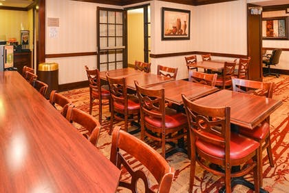 Dining | Best Western Plus Fairfield Hotel