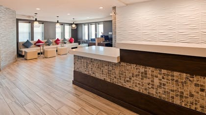 Lobby | Best Western Plus Fairfield Hotel