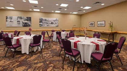 Meeting Facility | Best Western Premier The Lodge on Lake Detroit