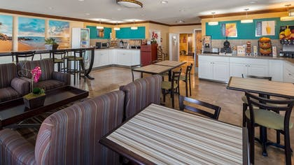Restaurant | Best Western Harbour Inn & Suites