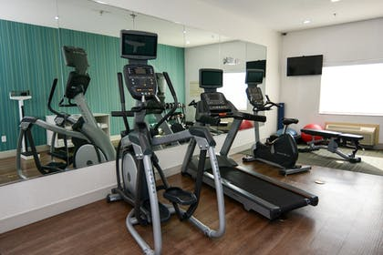 Fitness Facility | Holiday Inn Express Hotel & Suites Rolla - U of Missouri S&T