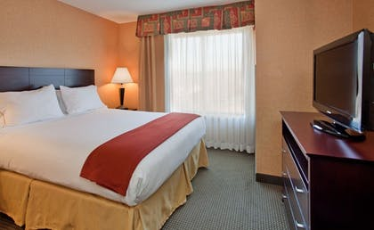 Guestroom | Holiday Inn Express Hotel & Suites Rolla - U of Missouri S&T