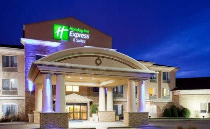 Featured Image | Holiday Inn Express & Suites Brandon