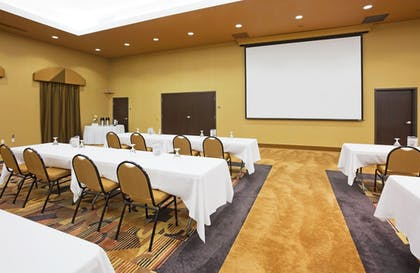 Meeting Facility | Holiday Inn Express & Suites Brandon