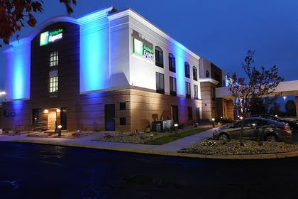 Featured Image | Holiday Inn Express Coventry S - West Warwick Area