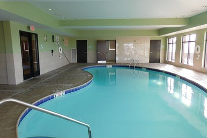 Pool | Holiday Inn Express Coventry S - West Warwick Area