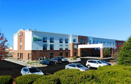Exterior | Holiday Inn Express Coventry S - West Warwick Area