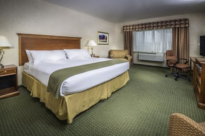 Guestroom | Holiday Inn Express & Suites Gunnison