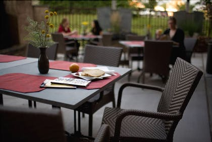 Terrace/Patio | Lancaster Arts Hotel