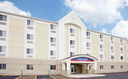 Featured Image | Candlewood Suites O Fallon