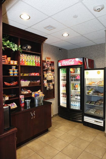 Food and Drink   Holiday Inn Express and Suites Springfield Medical District