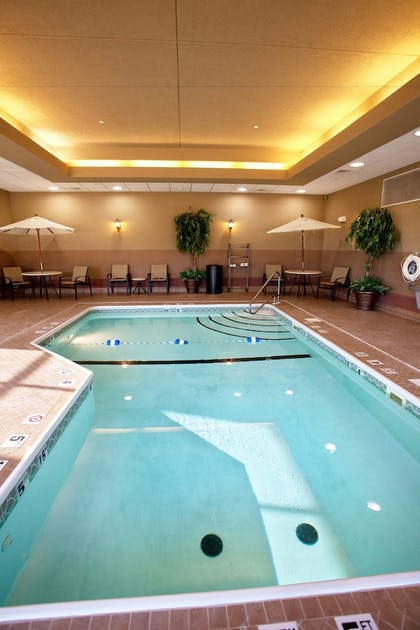 Indoor Pool   Holiday Inn Express and Suites Springfield Medical District