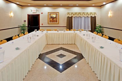 Meeting Facility | Holiday Inn Express and Suites Newton