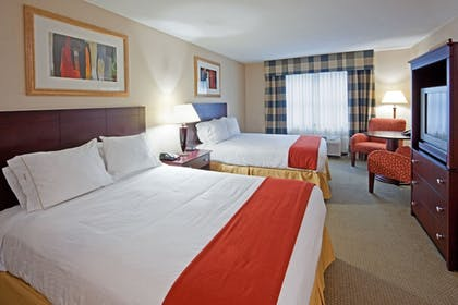 Guestroom | Holiday Inn Express Hotel & Suites Freeport