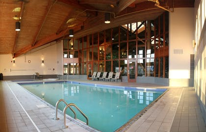 Indoor Pool | C'mon Inn Hotel & Suites