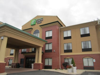 Exterior   Holiday Inn Express Hotel & Suites DuBois